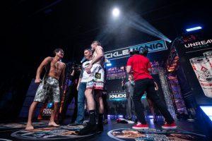 Đạt Nguyễn khó mà thắng được đối thủ trẻ tuổi Johnny Bedford