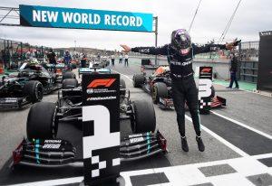 Hamilton trở thành vua tốc độ số 1 thế giới