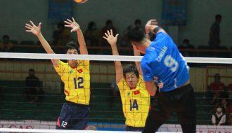 HLV mới đội tuyển bóng chuyền nam quốc gia đón tết lần đầu tại Việt Nam