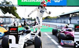 Mercedes,Ferrarivà Red Bull dần mất vị trí nhà vô địch giải đua F1