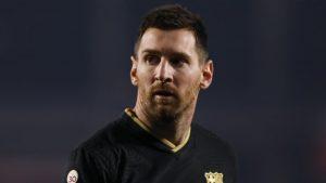 Messi: giữ khoảng cách khỏi mọi tin đồn liên quan đến chuyển nhượng