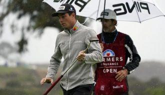 Thời tiết bất ổn khó lường tại giải Farmers Insurance Open